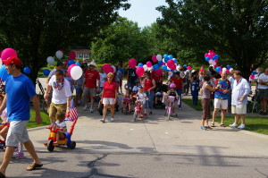 Folks heading out for the 4th of July Parade!